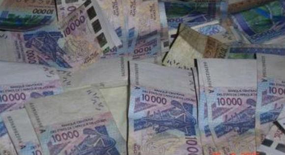 L'un est camerounais, l'autre malien : Deux trafiquants de billets de banque arrêtés à Tizi Wezzu