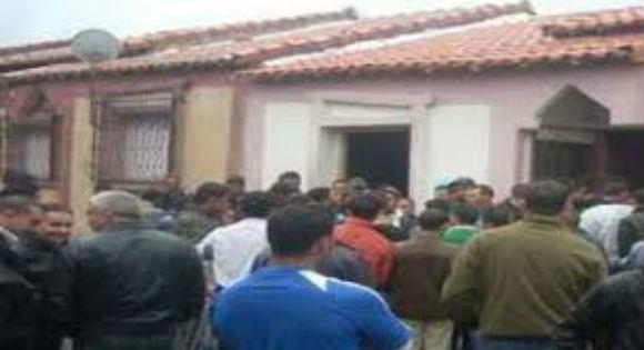 Des citoyens mécontents ferment la mairie de Seddouk