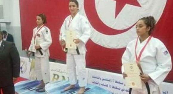 Zina Bouakache, la kabyle qui s'impose au championnat arabe