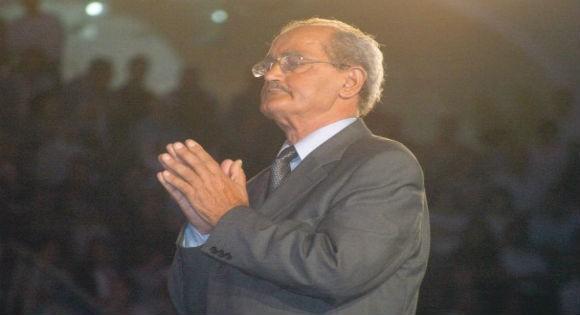Selon Saïd Sadi : Chérif Kheddam était un chanteur engagé